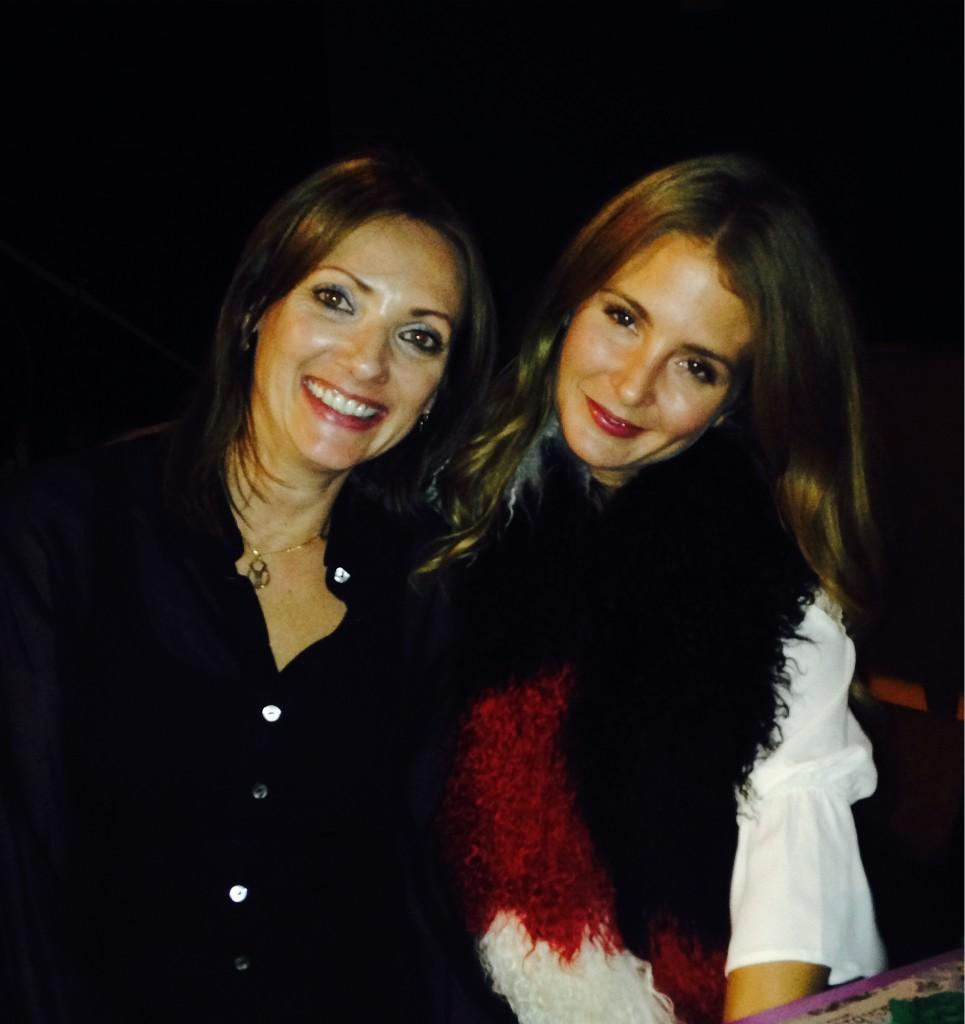 RT @Ingridhoey: Dinner with this beaut @millsmackintosh and look @GiovannaBorza she's wearing your scarf http://t.co/G9E1hwuOXA