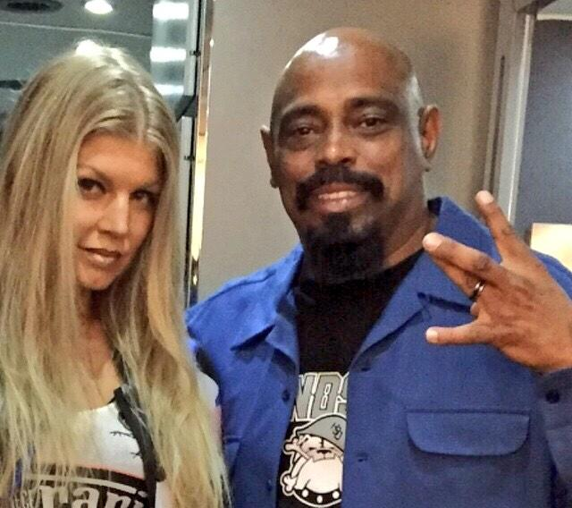 RT @cypresshill: The @OGSenDog kickin it with @Fergie at her #LALOVE video shoot yesterday! http://t.co/XUNxykfXfq
