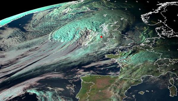SATELLITE VIEW OF EX HURRICANE, Hurricane Gonzalo hit UK unexpectedly with heavy rain showers | ozara gossip