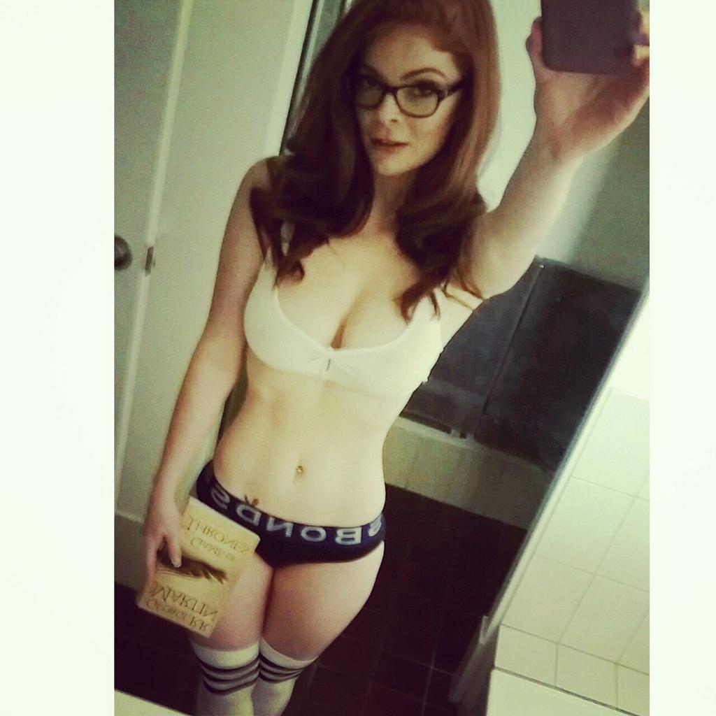 teen geek sexy pic