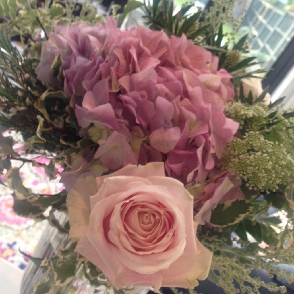 Love my beautiful flowers!! Thank you @k8_thornton xxx http://t.co/9bJR9091CQ