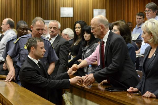 #Pistorius goes down the stairs to prison http://t.co/t5Stb3pFrm http://t.co/R6SHcNyF3c