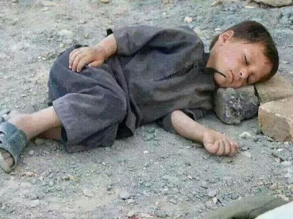 sleeping poor people ile ilgili görsel sonucu