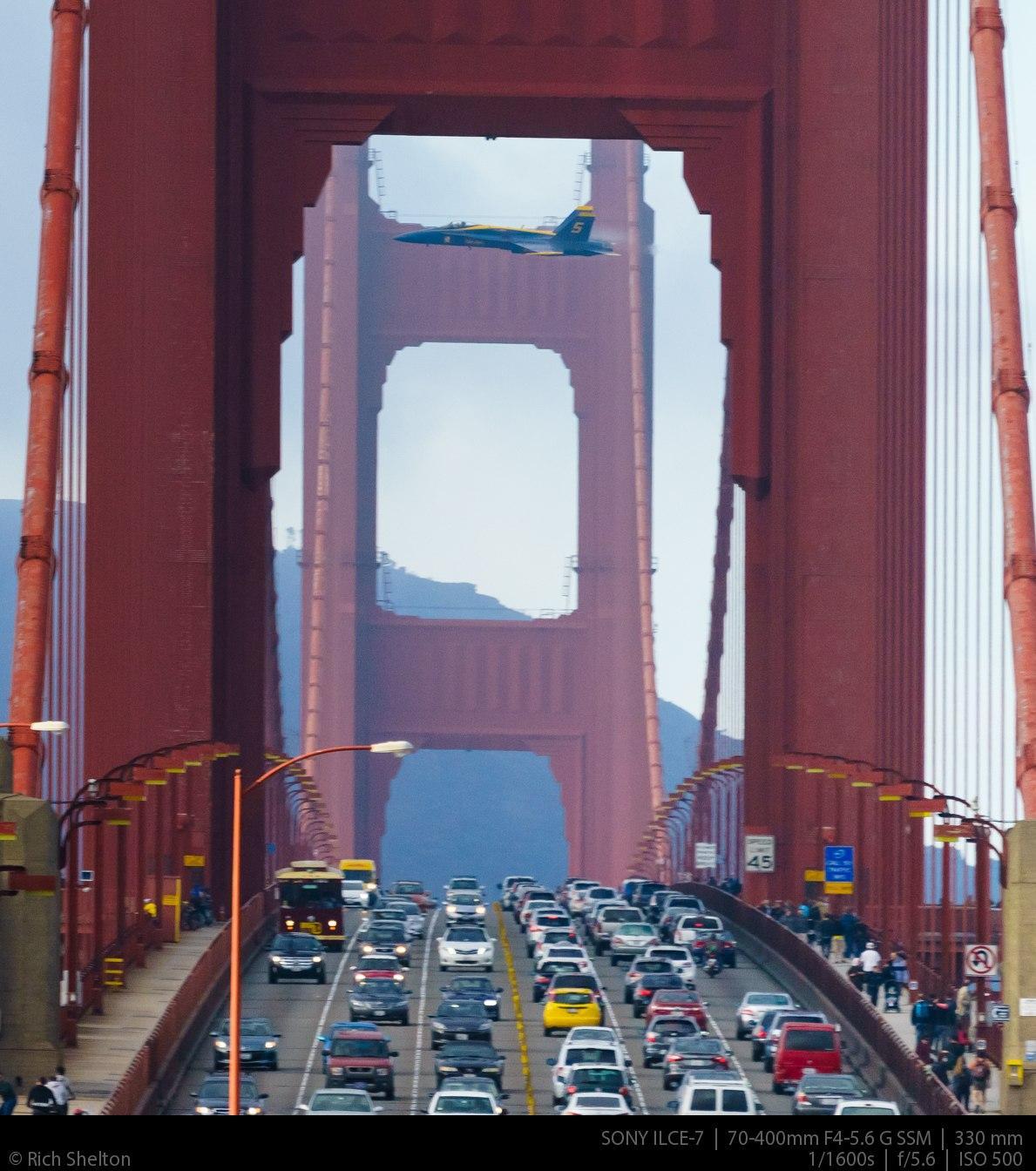 RT @andrewtavani: Man captures unbelievable photo of Blue Angel jet buzzing the Golden Gate Bridge at 350 mph: http://t.co/0gb441AqA3 http:…