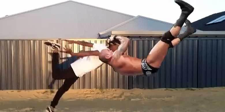 Wrestler Randy Orton's Finishing Move's Hilariously Inserted Into Videos Of People Falli... http://t.co/HAsYunpESp http://t.co/8k7BD8biMq