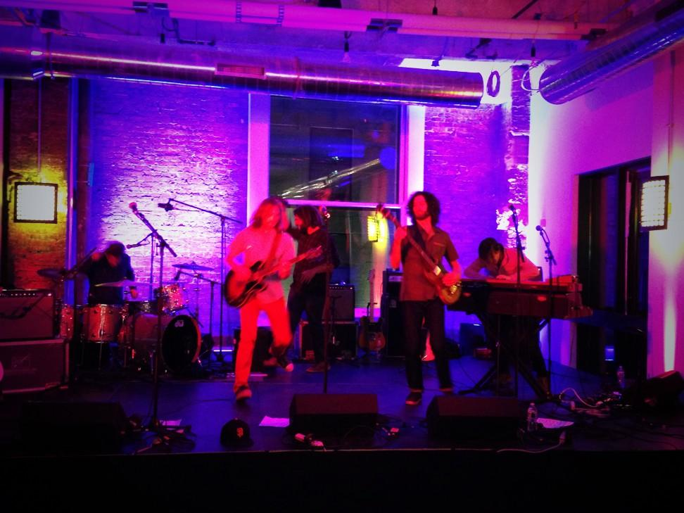.@thestonefoxes perform at the Burnham Bash #havasvillage #BurnhamBash http://t.co/IIMNfpx0kA