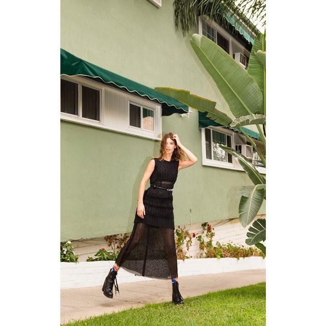 RT @WearEasyco: West coast. @hannelim explores Santa Monica in a Fall 2014 Calvin Klein Collection dress. #calvinkleinlive http://t.co/NOsv…