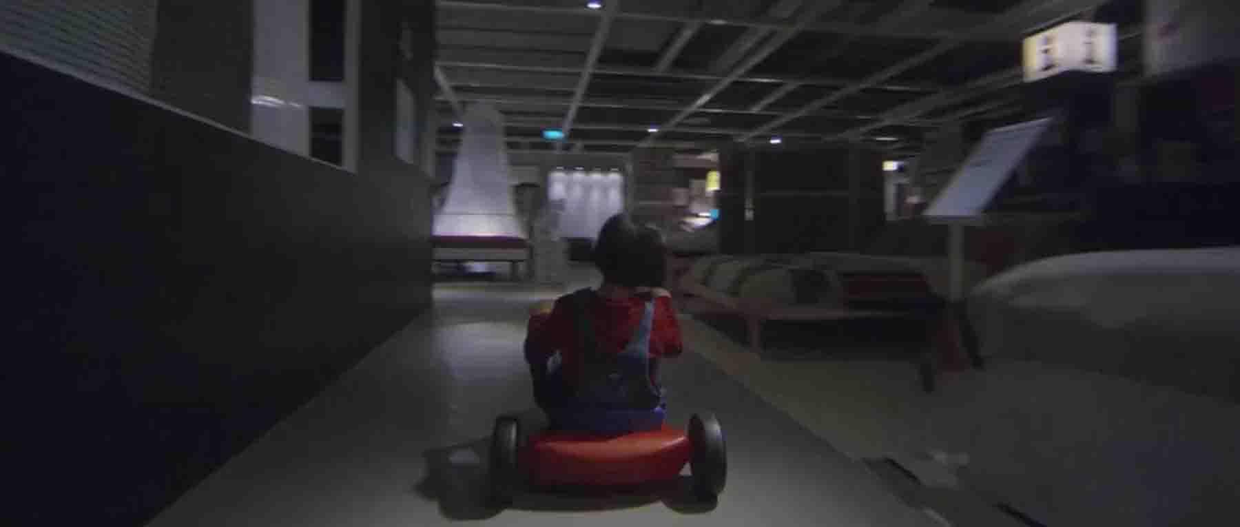 What if 'The Shining' was set in an Ikea Showroom? http://t.co/VxWuTjRwZy http://t.co/07aJ0iwsGr