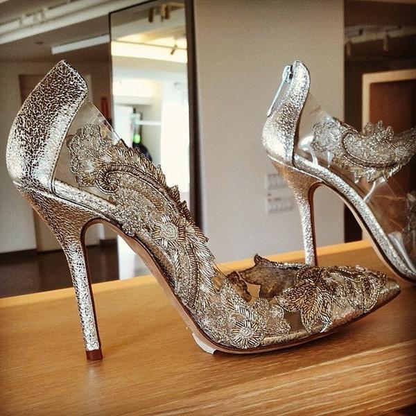 Amal Clooney Style On Twitter Wedding Shoes By Oscar De La A Wow Http T Co 8tynrditv6