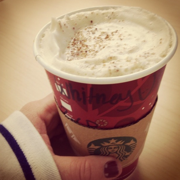 .@Starbucks IS RELEASING A CHESTNUT PRALINE LATTE IN NOVEMBER http://t.co/BOSTpcUS0z http://t.co/76zTLvDHxY