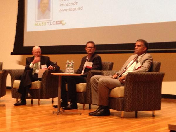 "@PartnersNews @WeldPond @DeloitteUS in panel on ""who owns security?"" #mtlcsecurity http://t.co/WnmopLlu6f"