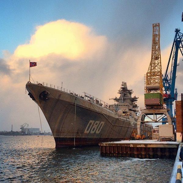 """الطراد الصاروخي الثقيل """"الأدميرال ناخيموف"""" يعود إلى الخدمة B0jsC1XCEAEwy6a"""