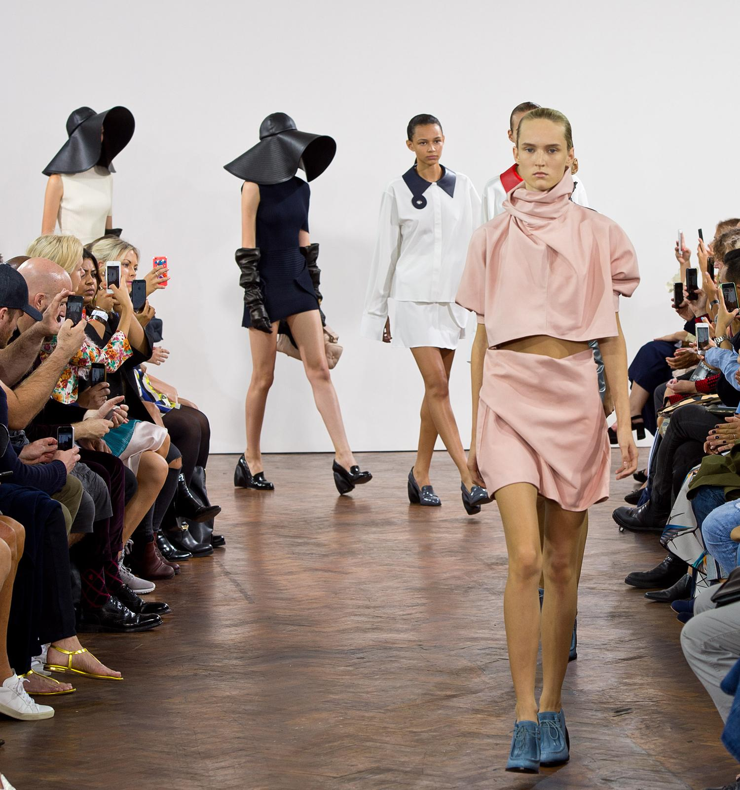 The 2014 British Fashion Award nominations are in, and @JW_ANDERSON is topping a few lists: http://t.co/QswsOEnKUN http://t.co/pPVFyUAMEq