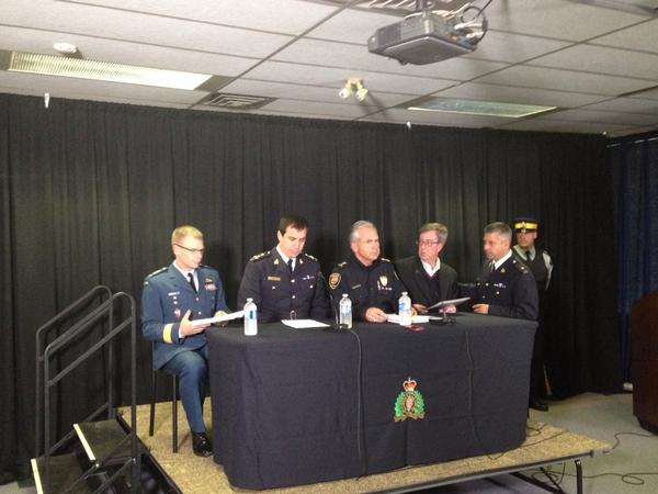 Press conference beginning. Mayor Watson also here #ottawa http://t.co/QFzY0wpliA