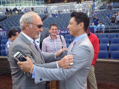Still a snappy dresser. #VagueReferences RT @AnswerDave: Jim Leyland and So????? Taguchi http://t.co/o8kXaS2IfT