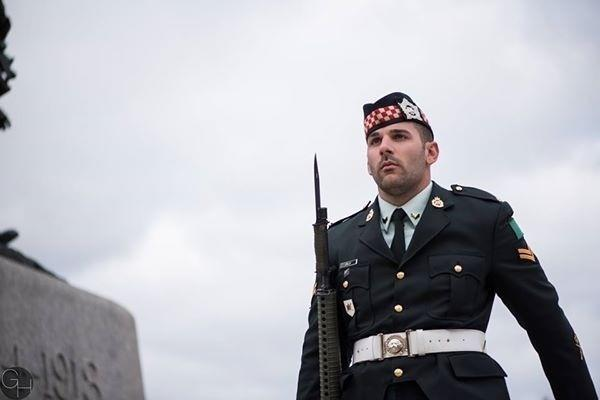 Photo of Nathan Cirillo, taken earlier today, via Reddit. You will not be forgotten. http://t.co/uCoOGeuolY http://t.co/L2cnIhnUyO