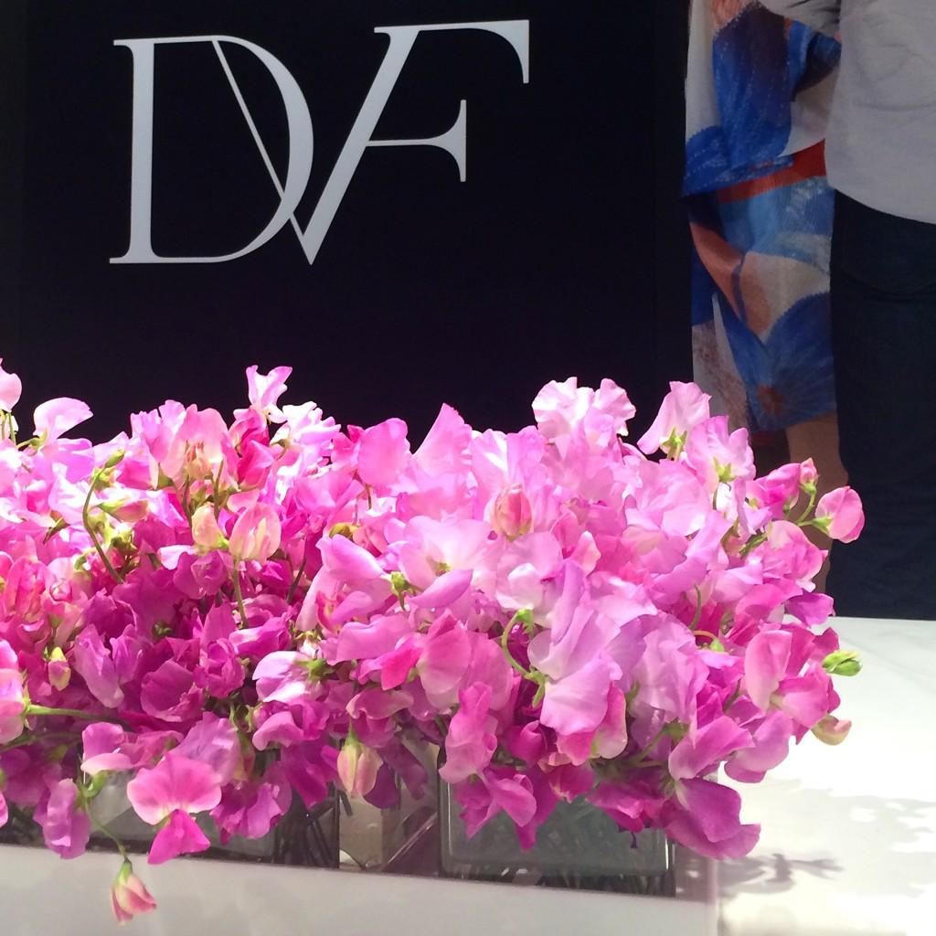 Around The Store: flowers in celebration of @DVF at NM Dallas-NorthPark. #NMevents #neimanmarcus #flowers #dallas http://t.co/AgxqlnNslI