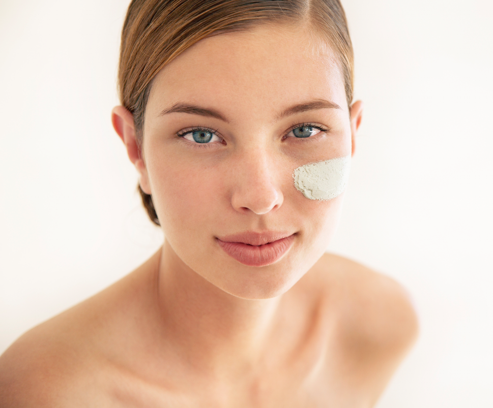 You've got questions about eye cream. We've got answers right this way: http://t.co/QTwKiUSh84 http://t.co/JrNmcFx8dB