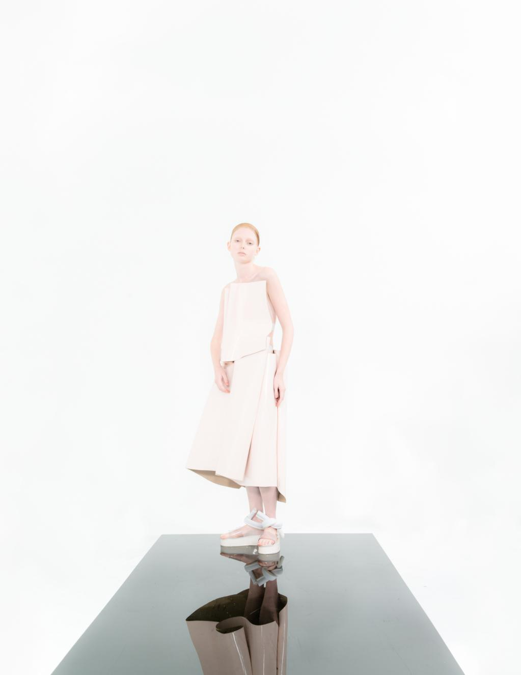 In love and war with designer Melitta Beaumeister and photographer Paul Jung. http://t.co/Pd5TLhkq2T http://t.co/jxbkGtqlOk