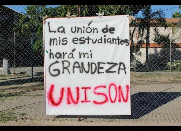 """""""La unión de mis estudiantes hará mi grandeza"""" #UnisonEsAyotzinapa #Sonora (foto: Fátima Morales fb) http://t.co/GfQq6UUogl"""