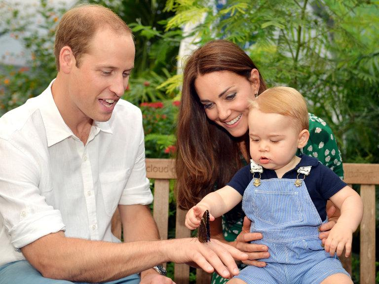 The Duchess of Cambridge and Prince William confirm some exciting baby news: http://t.co/NjbJM5OSbR #royalbaby http://t.co/RzKlnyLvfV