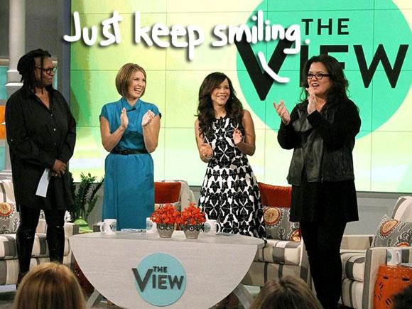 #RosieODonnell fails to breathe new life into #TheView! http://t.co/WI371elTz1 http://t.co/tXfc1wzC3f
