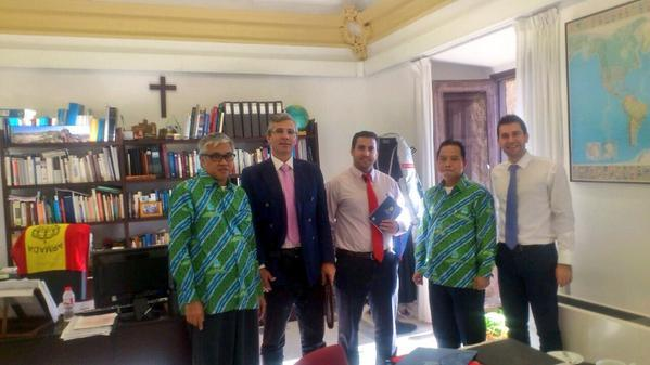 Visit of Mercu Buana University from Jakarta to establish closer working relationship for the MBA http://t.co/sxFUu9FEIY