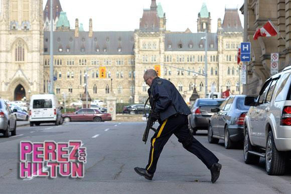 Here's everything you need to know about the #CanadianParliament shooting so far http://t.co/sOYzLxzMwM http://t.co/CU5VrlUdb9