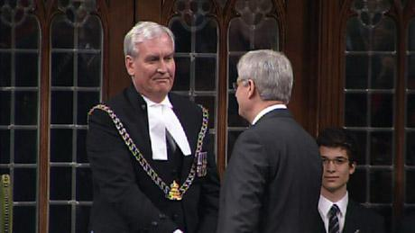 #PMSH shaking hands w/ the Sergeant-at-Arms. Arguably what many Canadians would like to do right now. #KevinVickers http://t.co/GCBZGCbpAH