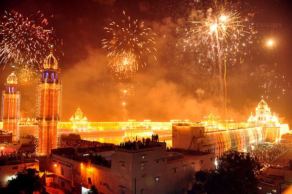 We could use a bit of light on a day like today. Happy Diwali. http://t.co/4uWiMyz63J