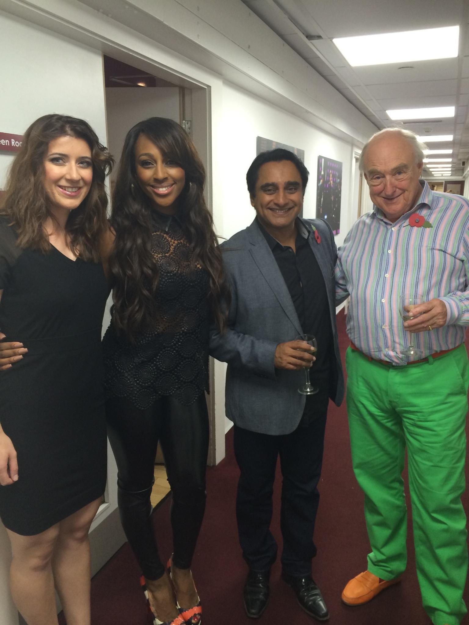 RT @blowersh: Had a wonderful time filming @ITVChase with @alexandramusic @TVSanjeev @LibbyClegg http://t.co/jVxXey9N3R