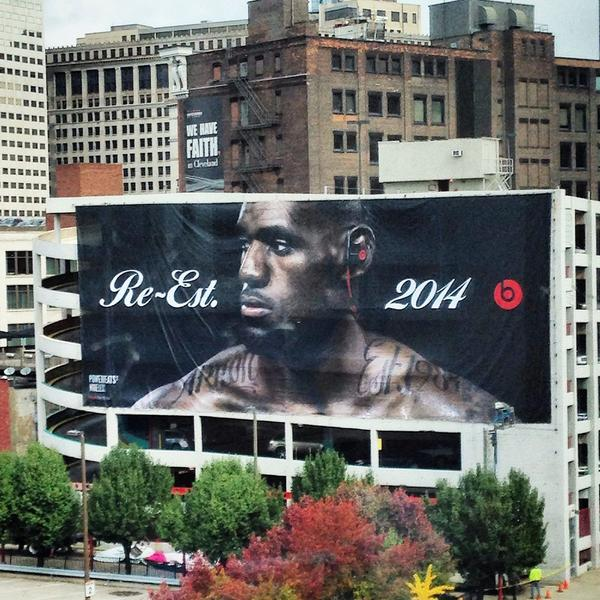 New addition to downtown #Cleveland. #CLESZN http://t.co/45b4qeFaZg