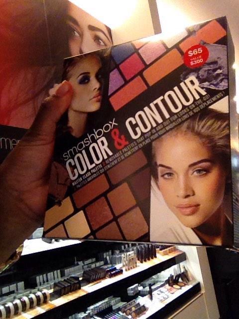 😘😘 RT @kimmieecakes: Seen bae in sephora @golden_barbie http://t.co/m5QFcDUbX2