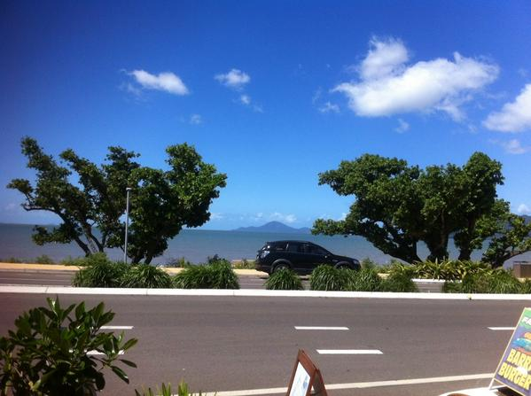 Half way to #Townsville for #TransientBeauty tomorrow at @soatheatreTSV #whatview #TOURLIFE #Cardwell http://t.co/oUpSkKrHc7