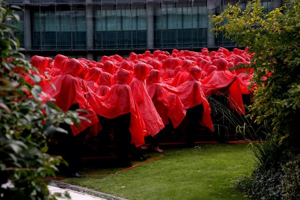 GCHQ staff have joined forces with the Royal British Legion to create a huge poppy to launch this year's appeal. http://t.co/UOUGaGNTsr