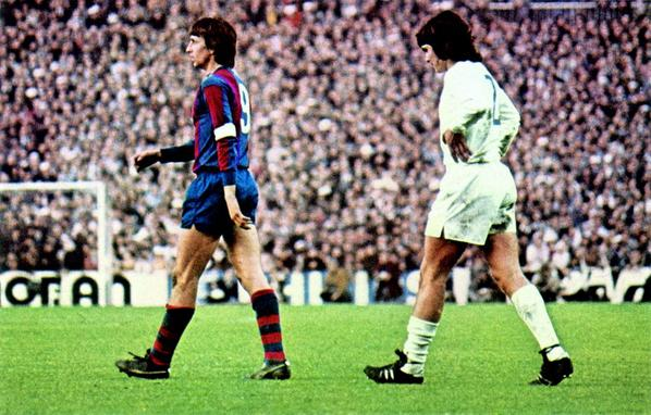 "AS English on Twitter: ""El Clásico through the years (2/4) 1975. Barça legend Johan Cruyff and Madrid's José A.Camacho at the Bernabéu http://t.co/657wULIZVf"""