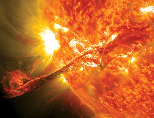 Solar superflares: A new danger from the sun might explain a Dark Ages mystery http://t.co/piToE2xLD0 http://t.co/hJjEDKlfqt