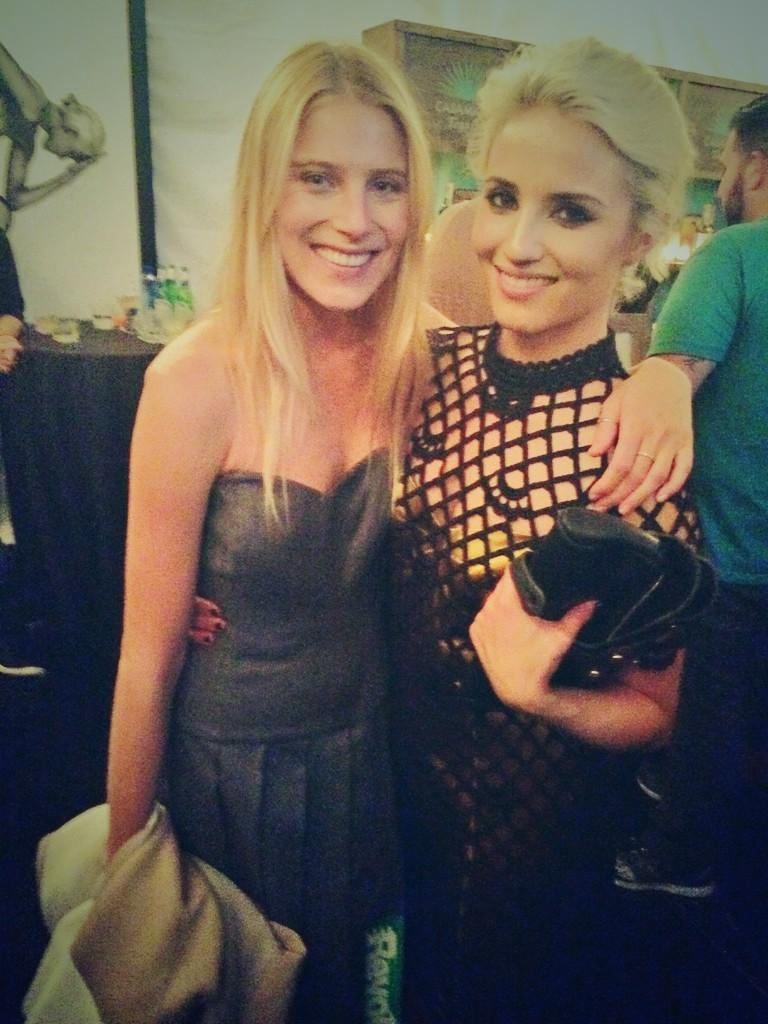 RT @LrnJrd: These two ladies last night  @DiannaAgron @dreelovechild 👯❤️ @MarcJacobsIntl xoxo http://t.co/EAWfAcg3Zy