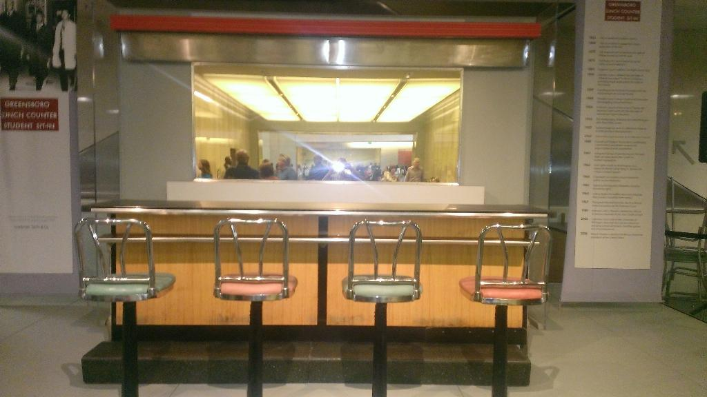 RT @AaronBlake1978: @RealRonHoward the lunch counter is in the Smithsonian http://t.co/9j1pa8xXWY