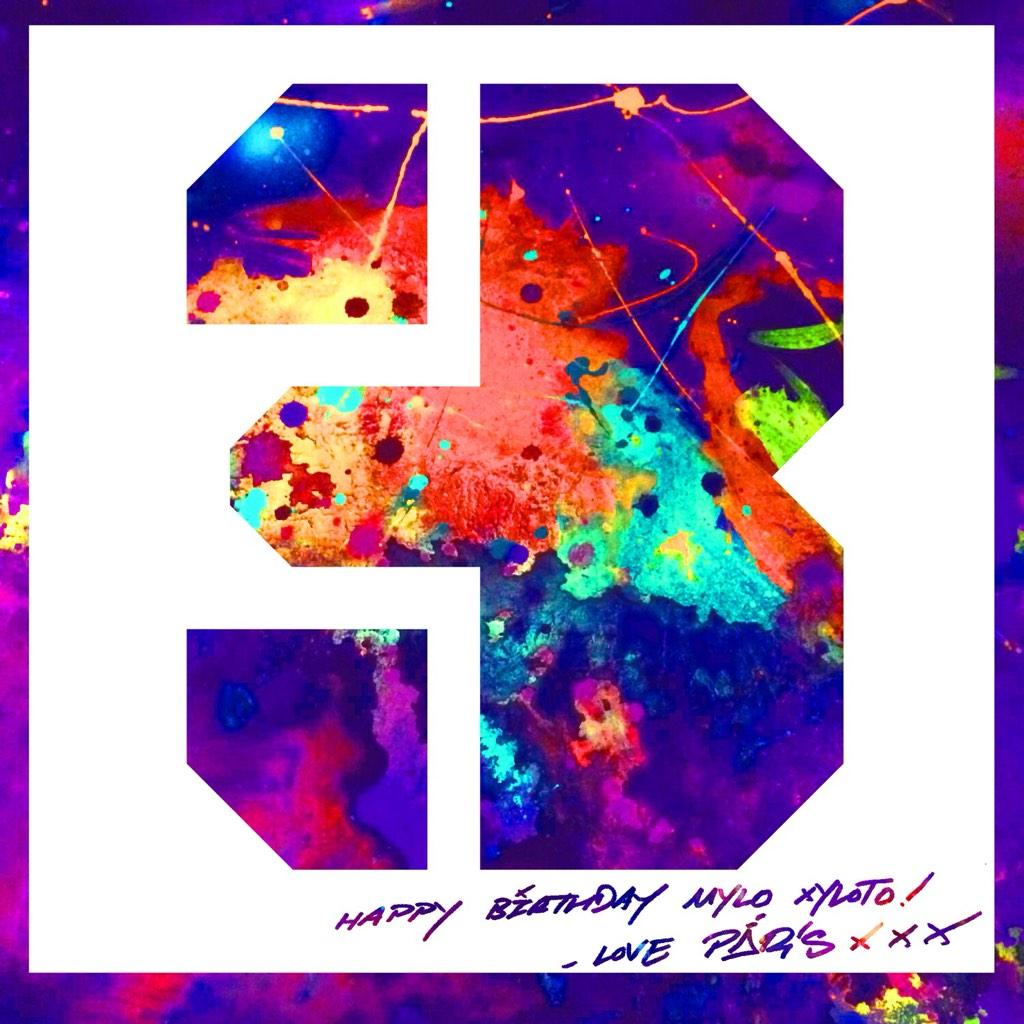It's Mylo Xyloto's 3rd birthday today and the album's cover artist, Paris, has made it a card... A http://t.co/TwP00umiKy