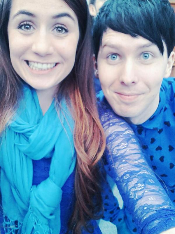 "dodie on Twitter: ""Me and the cutie patootie that is @AmazingPhil http ..."