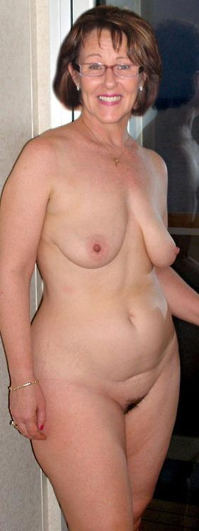 French busty mature