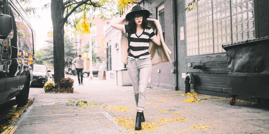 Turn a sidewalk stroll into a strut like @JagLever does in Armani Exchange.  http://t.co/vLQyNCDOaP http://t.co/fsqyBh7QCj