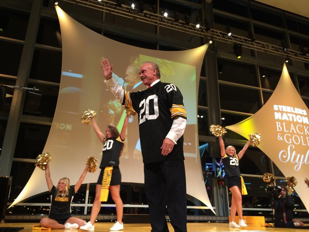 Pittsburgh Steelers On Twitter He Was There For The First Steelersstyle Fashion Show Now