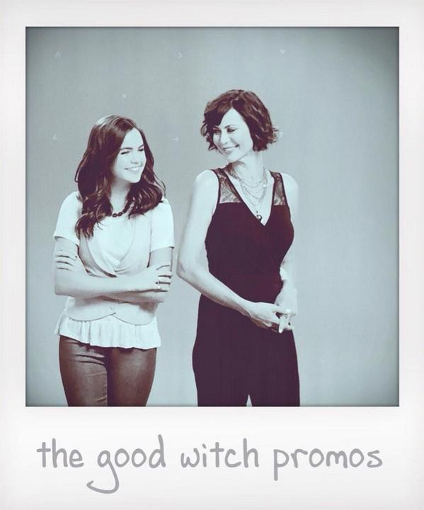 ✨✨Oh @BaileeMadison ! Loving your first vid for #TheGoodWitch on YouTube! Have a blast w @reallycb ❤️✨ http://t.co/oTqaKGLXHk