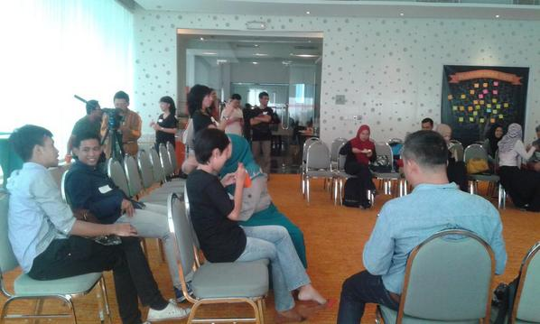 Selamat datang di acara #KumpulBlogger http://t.co/df7lVNN1Mx