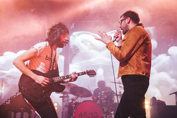 Watch @KasabianHQ  perform their first album Empire in full, for free.  http://t.co/TWNSlUOPlX http://t.co/mKY7w3zeC1