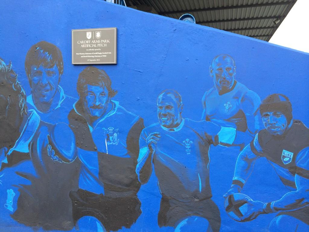 Feeling seriously humbled on a wall in a great club with great people.Thank you @cardiff_blues @CardiffBluesSC http://t.co/r1YRGa4WNv