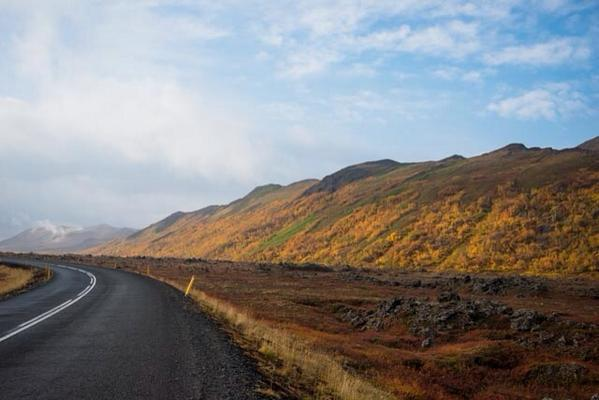 I was born to be a nomad and I miss being on the road. #easticeland #travel #ilivefortravel #ontheroad http://t.co/abrU9PlDxA