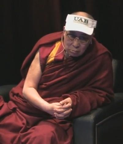 His Holiness the Dalai Lama wears UAB well. Photo credit to UAB graduate Chris Mitchell. #UABDalaiLama http://t.co/Fu0hCAYJ7y